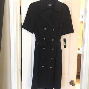 TAHARI Black button down dress with belt, pockets